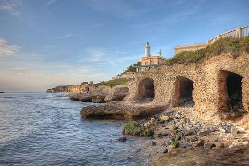 Archeologische vakantie- Grotten van Nero